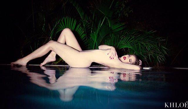 Khloe Kardashian nude on Instagram